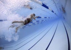 Power plate, jóga a plavání
